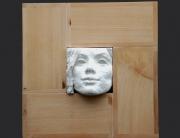 desde siempre. ensamblaje madera cruda y yeso blanco. 2004. 28.5x28.5x8cm