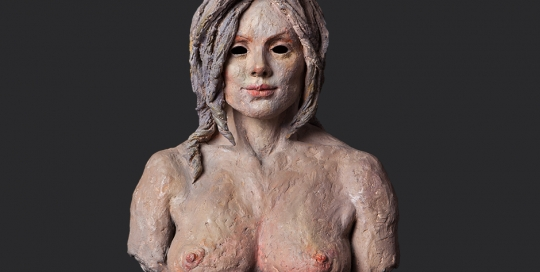 magia de mujer. terracota pintada en frío. 2000. 30x30cm