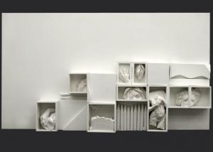 palabras para crear nuevos silencios. ensamblaje madera y yeso. 2003. 71x130x13cm